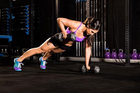 224_female-fitness-photoshoot-crossfit-biceps